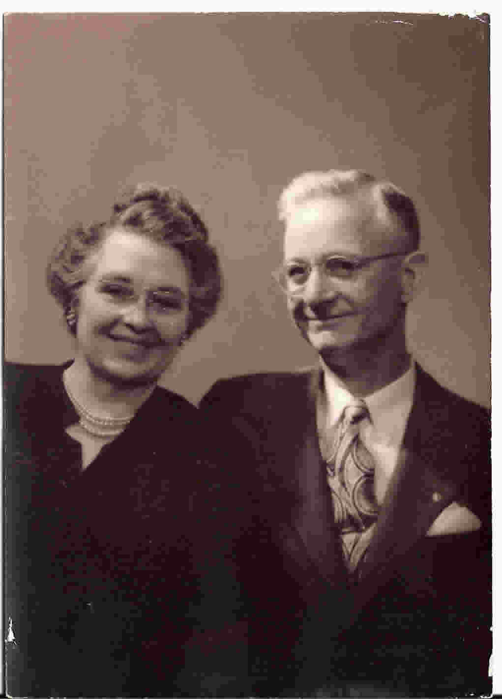 photograph of parents of Junior Dillmore